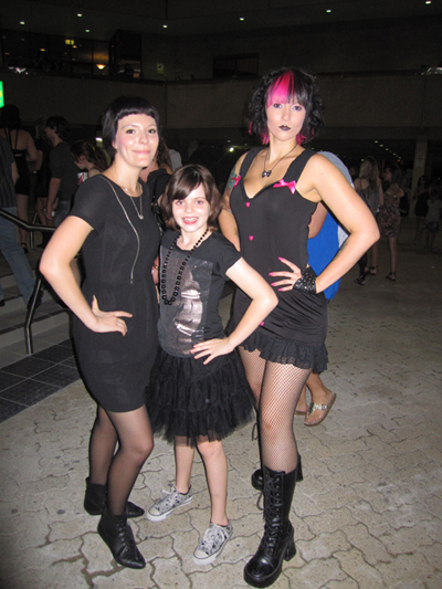 Lara, Kayla & I before the show